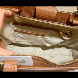 Guess Bags - Guess Lock Large Cognac Faux Leather Tote